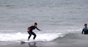 【大好評の】レベルを問わず誰でもレベルアップできる!? 川畑友吾プロによる大人気サーフィンスクールが熱い!!