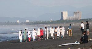 【colorsTV】台風8号からのうねりがうっすらな7/9(月)QS1500ムラサキ湘南オープン・モーニング・フリーセッション