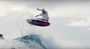 【待望の】Taj Burrow最新クリップは、Catch Surfの54 SPECIALモデルでインドネシアの波をシュレッド・セッション!!
