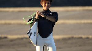 【colorsmag的要チェックな】いま日本が注目すべきひとりである弱冠17歳の千葉出身の若手プロサーファー、古川海夕による12/14(金)モーニング千葉セッション