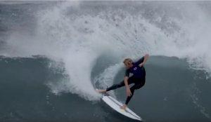 """【世界で話題の】EPSのフレックス性を最大限に引き出した新素材""""Spine Tek""""製のChannel Islands surfboardsでSeabassことSebastian Zeitzがパーフェクトライト波をシュレッド!!"""