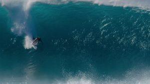 """【最新動画】未来のワールドチャンピオン候補の一人として有力視されるカリフォルニア出身のGriffin Colapintoによるハワイのトリプルクラウンでのビハインド・ザ・シーンに迫るショートドキュメンタリー""""Volume3″"""