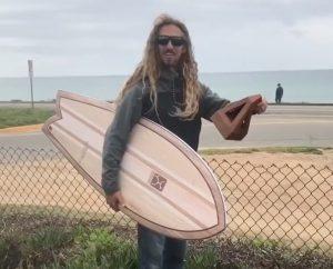 """【世界のニュース】Rob MachadoによるFIREWIRE surfboardsのツインフィッシュ""""Go FIsh""""モデルがアメリカの栄誉あるSIMAアワードを受賞!!"""
