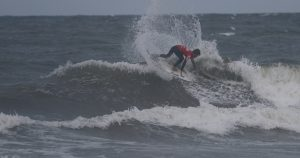 【シークエンス・オブ・ザ・5/7(火)JAPAN OPEN of SURFING DAY2】バックサイド・フィンズフリー・パワースライド by 伊東李案琉