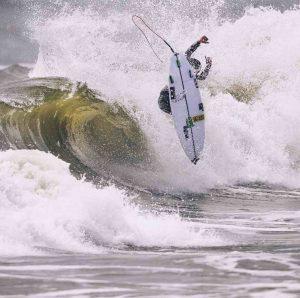 【誰でも参加可能!】大原洋人、河村海沙、田中大貴といったHURLEYライダーと一緒にサーフィンしてBBQまでできるHurley Surf Clubが5/12(日)一宮海岸(HIC前)にて開催決定!