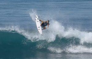 """【WSL】Jack Freestoneが優勝を果たしたCT第3戦""""Corona Bali Protected""""と同時開催されたエアショー""""RedBull Airborne""""のトップ3のライディングを収録したハイライト"""