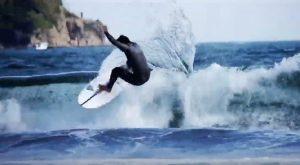 """【テストライド】FIREWIRE surfbaordsが日本の波に合わせてチューンナップした注目の日本限定モデル""""X-Wing""""をトップアマ山本秀哉がライド!"""