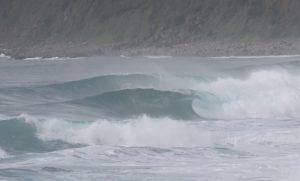【台風17号】朝起きたらまさかのチューブ波が待ち受けていた9/23(月)H-B2打ち上げ直前種子島セッション