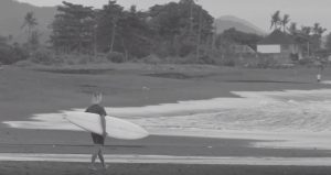 【オルタナティブ】カリスマ・スタイルマスターAlex Knostによるミッドレングス・シングルフィンでのバリ・セッション