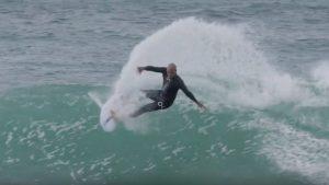 【鬼必見動画】Julian Wilson、Kelly Slater、Eric Geiselmanによるポルトガル・フリーセッション