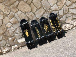 【陸上イメトレ】カリスマChippa WilsonやDion Aguusが波のない日のコンクリートサーフ用に生み出した新たなるサーフィン用スケートボードDRAG skateboardsに迫る!!