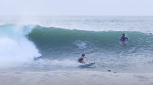 【台風10号】伊良湖の先端にビーチブレイクとは思えないスーパーレフトが炸裂!!鈴木勝大、都築虹帆といったプロサーファーからロコヒーローたちまでが大集結となった台風セッション