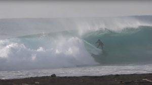 【西高東低愛好会】2021年日本初上陸を果たした注目のサーフボードSYSTMで和光大が炸裂した南千葉の某ビーチを舞台に繰り広げたチューブ&ビッグカーヴィング・セッション