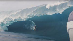 【2024年パリオリンピック】サーフィン競技会場予定地であるタヒチのチョープーに狂気の怪物波が到来! Nathan Florenceたちによる恐怖の13日の金曜日セッション